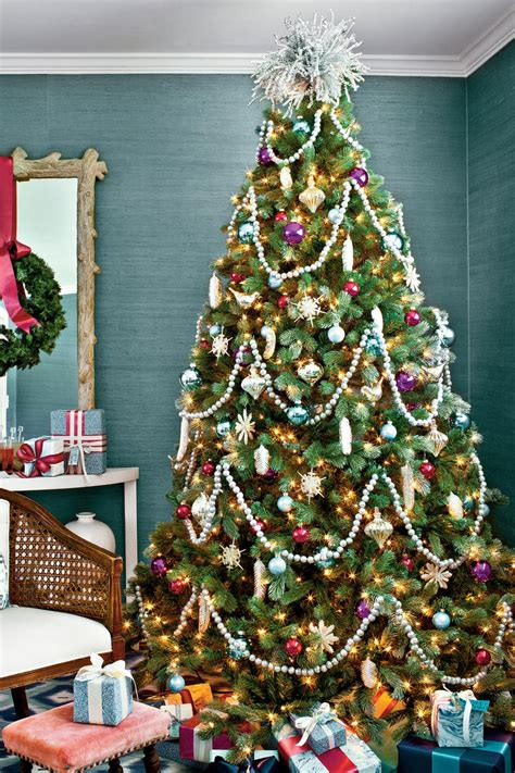 Fabulously Festive Christmas Tree Decorations - Southern ...