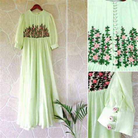types  flower embroidered kurtis designs