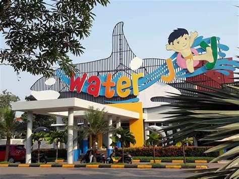 berenang murah meriah  water joy water park harvest city