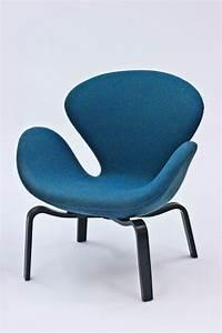 Arne Jacobsen Stühle : swan st hle von arne jacobsen f r fritz hansen 1969 2er set bei pamono kaufen ~ Eleganceandgraceweddings.com Haus und Dekorationen