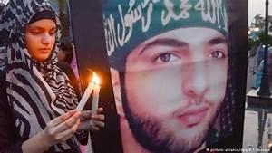 India imposes curfew on Kashmir on anniversary of Burhan ...