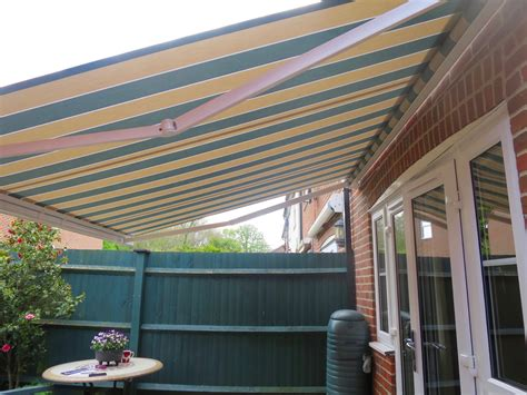 electric patio awning fitted  romsey awningsouth