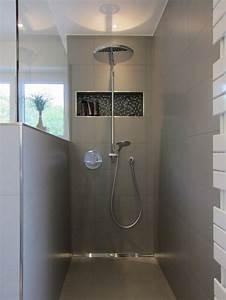 Dusche Renovieren Ohne Fliesen : die dusche im familienbad bathroom designs badezimmer bad und baden ~ Buech-reservation.com Haus und Dekorationen