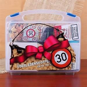 Außergewöhnliche Geschenke Für Frauen : berlebenskoffer f r die frau ab 30 geburtstag geschenke pinterest selbstgemachte ~ Yasmunasinghe.com Haus und Dekorationen