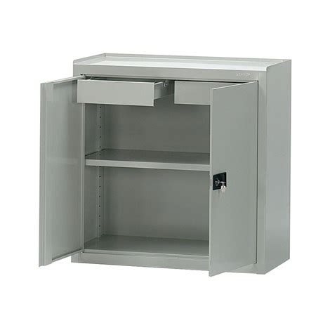 armadietto metallico armadio metallico armadio con ante scorrevoli