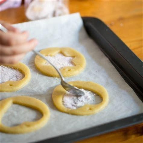 cuisine noel 2014 recette des biscuits vitraux pour décorer votre sapin de noël
