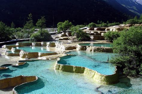 World Top Famous Natural Hot Pool  Top Best Holiday