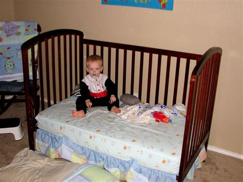 24747 when to put baby in toddler bed 5 signs your toddler is ready to move to a bed toddler