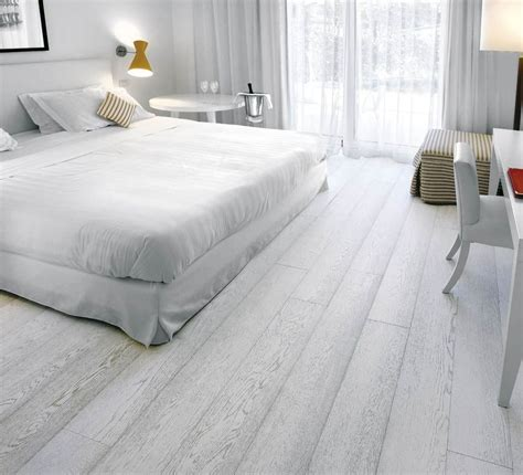 Bedroom Flooring Images by Light Grey Laminate Flooring In Bedroom Laminate Flooring