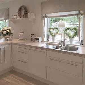 fensterdeko küche deko moderne fensterdeko küche moderne fensterdeko moderne fensterdeko küche dekos