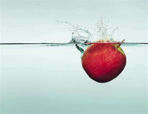 how much water is in an apple apple health info crazy facts about the fruit huffpost