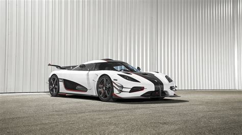 2015 Koenigsegg One 1 Wallpaper
