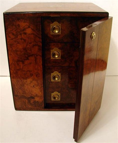 pictures of antiqued kitchen cabinets 89 best tobacciana antique accessories images on 7438