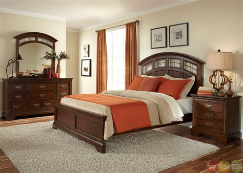 Parkwood Transitional Cognac Panel Bedroom Set