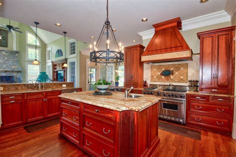 kitchens with cherry cabinets 25 cherry wood kitchens cabinet designs ideas 6609