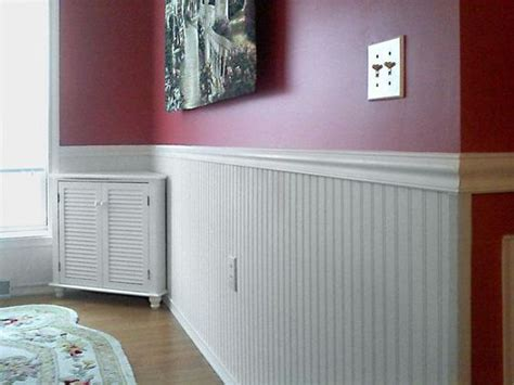 Vinyl Wainscoting by Vinyl Wainscoting With Beautiful Carpet Flooring For