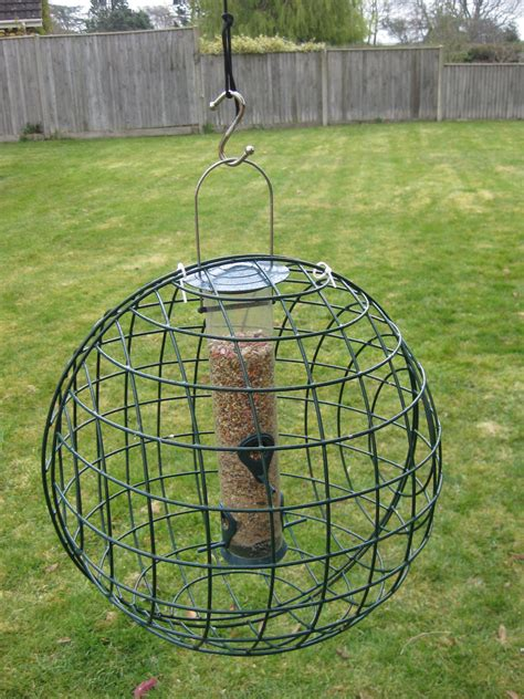 how to keep crows and jackdaws off your bird feeders but