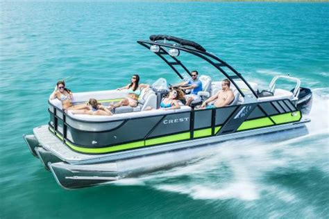 Pontoon Boats Definition by New Crest Pontoon Boats Pontoon Boats For Sale Boats