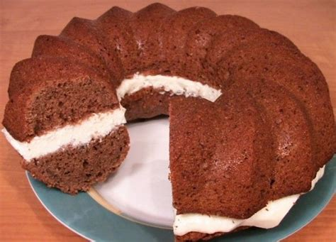 Šokolādes kēkss ar biezpiena krēmu   Cake recipes, Food, Cookery