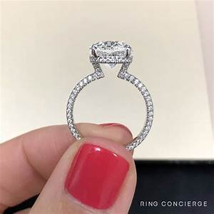 Blake Lively Ring Design Exclusive Model Dev Windsor S Oval Engagement Ring Has A