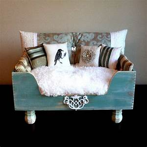 Vintage dog bed holiday gift guide designer dog beds for Posh dog beds