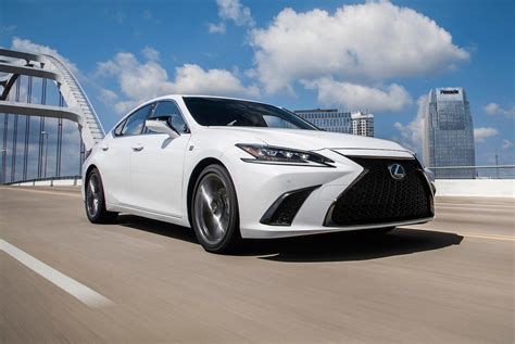 2019 Lexus Es First Drive First Foray Into F Sport