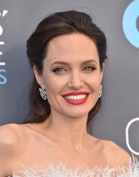 Angelina Jolie will never get married. - My URL Pro