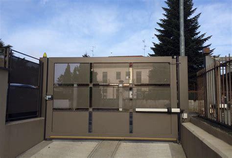 chiusure di sicurezza per persiane ccf service chiusure di sicurezza manutenzione civive