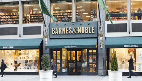 New York Barnes And Noble by Barnes Noble Will Soon Serve And Wine At Select Stores