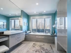 Idee per un bagno blu e bianco design abbinamento