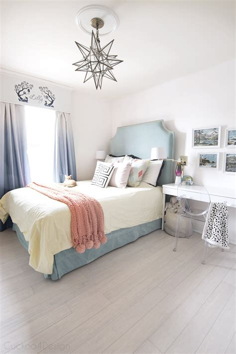 teal turquoise coral  yellow girls bedroom