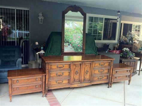 Drexel Bedroom Furniture by Four Drexel Heritage Bedroom Set Dresser