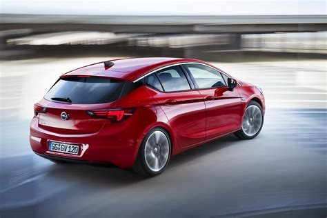 opel car all new opel astra wins car of the year 2016 award