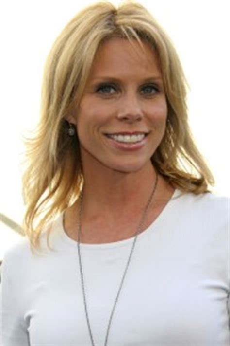 cheryl hines talks directing meg ryan   moonlight