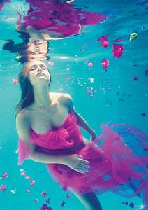 Underwater Fashion Photography Wallpaper | www.imgkid.com ...
