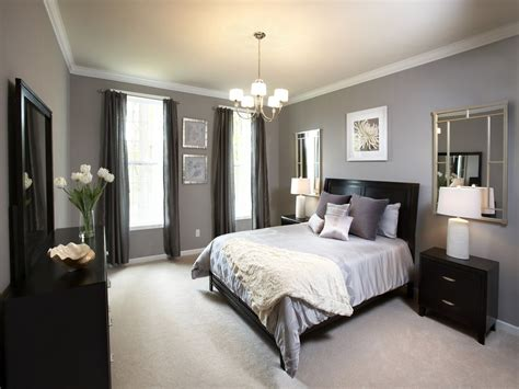 Bedroom Paint Ideas Black Furniture by 7 Paint Colors For Bedrooms With Wood Furniture