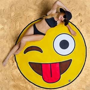 Serviette De Plage Xxl : drap de plage smiley xxl super insolite ~ Teatrodelosmanantiales.com Idées de Décoration