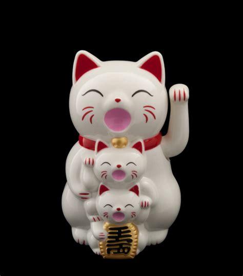 chat japonais solaire chat japonais maneki neko chat porte bonheur manekineko