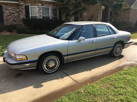 Buick Lesabre 1992 by 1992 Buick Lesabre Overview Cargurus