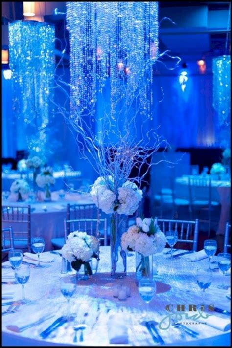 spectacular winter wonderland wedding decoration ideas