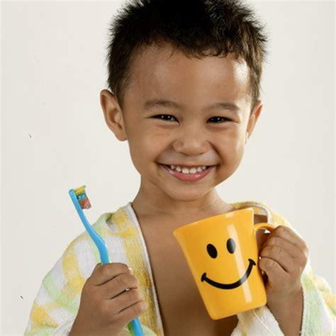 Anak Sekolah Hamil Tua Penyebab Gigi Sensitif Pada Anak