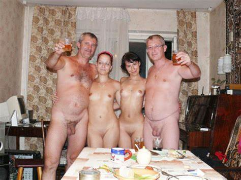 Family Crack Boy And Ladies German Nudism Family