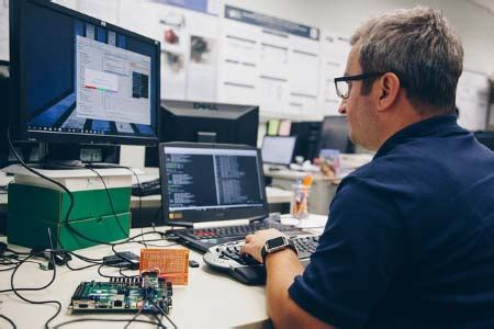 degree programs fiu college  engineering  computing
