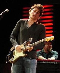 JohnMayerCrossroads2007.jpg