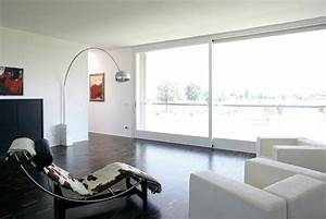 Italian Modern and Minimalist House Design from Andrea