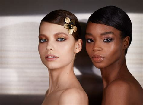 Golden eyes: How to recreate the dazzling catwalk look at ...