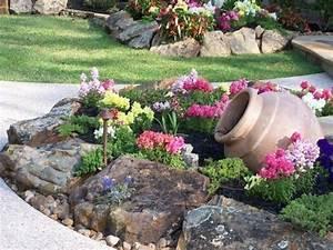 1001 idees et conseils pour amenager une rocaille fleurie With awesome amenagement jardin avec galets 13 comment faire un jardin japonais