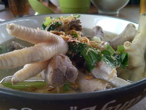 Resep sayur sop enak dan gurih yang bisa anda buat di rumah. Resep dan Cara Membuat Masakan Sup/Sop Ceker Ayam yang Enak, Gurih dan Sederhana - Selerasa.com