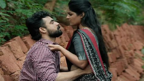 Jeevamshamayi Video Song From Theevandi Ft Tovino Thomas