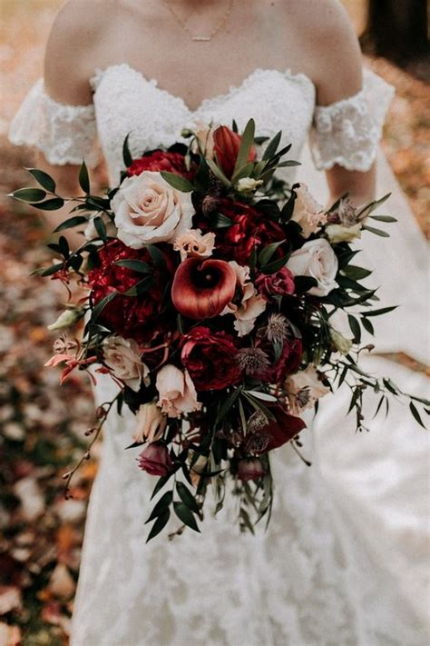 stunning fall wedding flowers  bouquets
